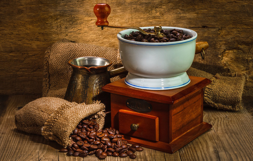 ديلونجي مطحنة بن 110 واط، 12 فنجان، وعاء منفصل لحبات البن، اسود - DLKG79-BK